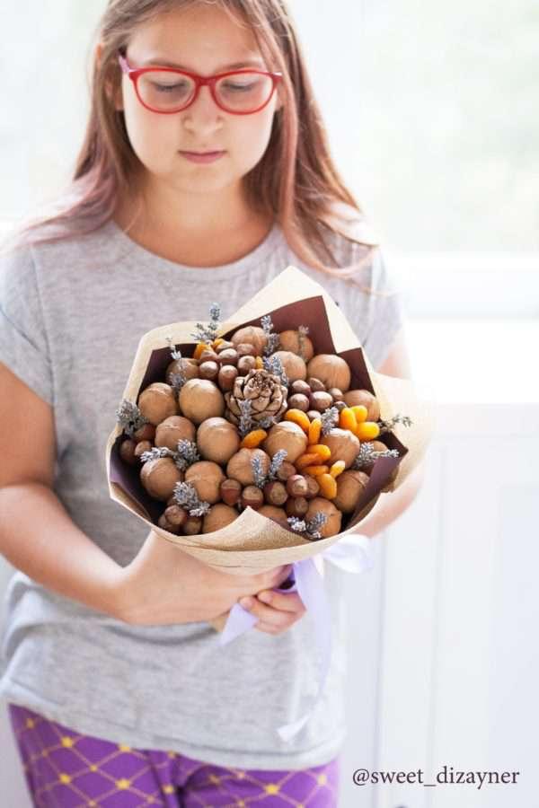 Букет ореховый с лавандой